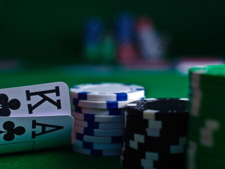 Spela Poker  och Texas Holdem online